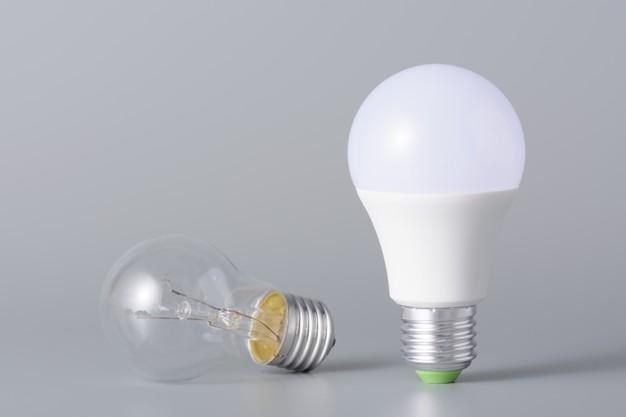 Lâmpadas LED e Incandescente Eficiência Energética